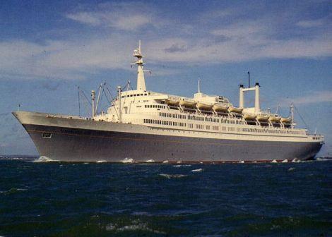 SS Rotterdam (źródło: http://cruiselinehistory.com)
